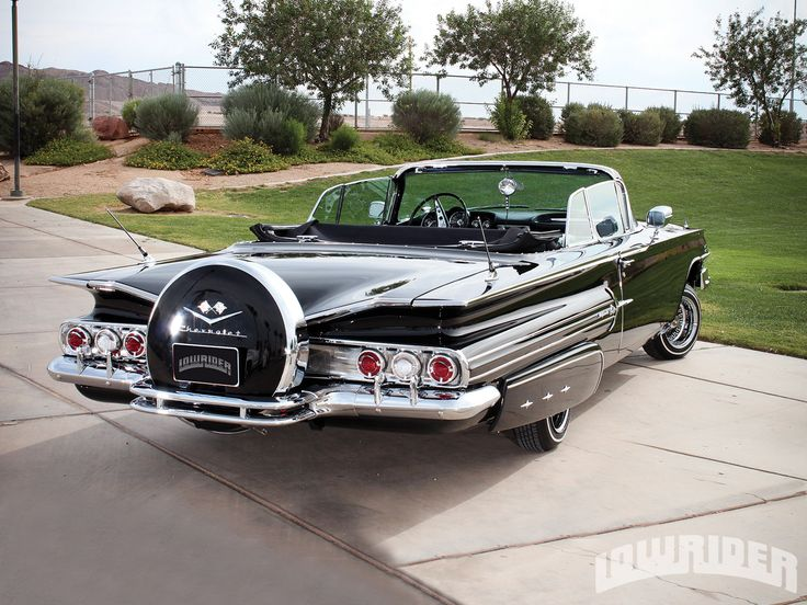1960 01 1960 chevrolet impala convertible spare tire cover photo 1