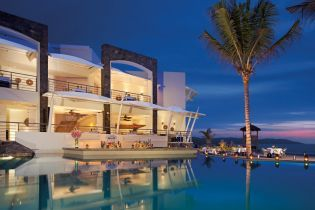 Now Amber Puerto Vallarta All Inclusive resort. Amazing place to have dinner!