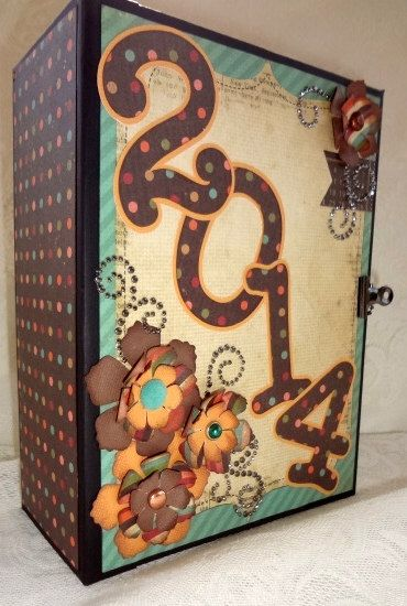 Handmade Premade Mini Scrapbook Album New Year 2014 Calendar