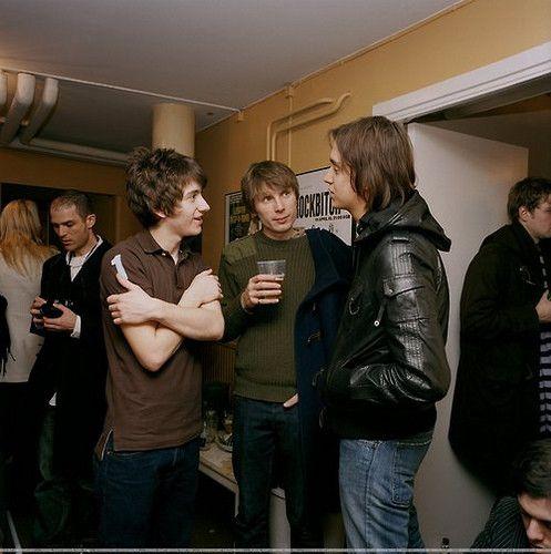 Alex Turner (Arctic Monkeys), Alex Kapranos (Franz Ferdinand) & Julian Casablancas (The Strokes)