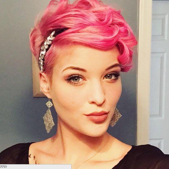 10 toffe roze geverfde korte modellen! Ben jij ook zo dol op deze haarkleur? - Kapsels voor haar