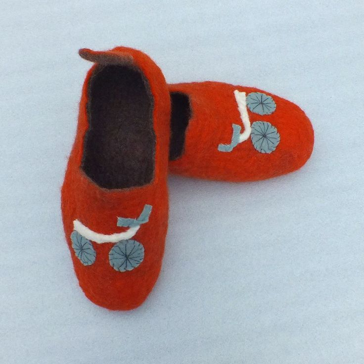 Felted slippers Bikes for dad