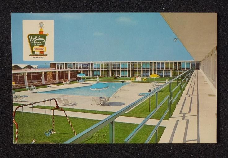 1950s Holiday Inn Motel Pool Beloit Wi Rock Co Postcard