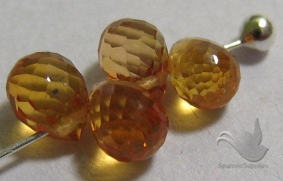 Orange Sapphire GemstoneBriolettesapprox 3 carats by PloiThai, $18.00