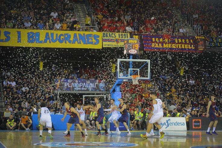 FOTOGRAFÍA DIARIO EL PAÍS. El R. Madrid campeón de liga de baloncesto 2.014-15.  24.0615