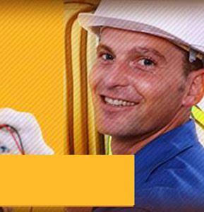 ELECTRICIDAD Y ELECTRÓNICA  Persona competente en la instalación, mantenimiento y reparación de redes eléctricas y de computo residenciales, comerciales e industriales.  Compucar System Plus - Educación con Calidad Certificada