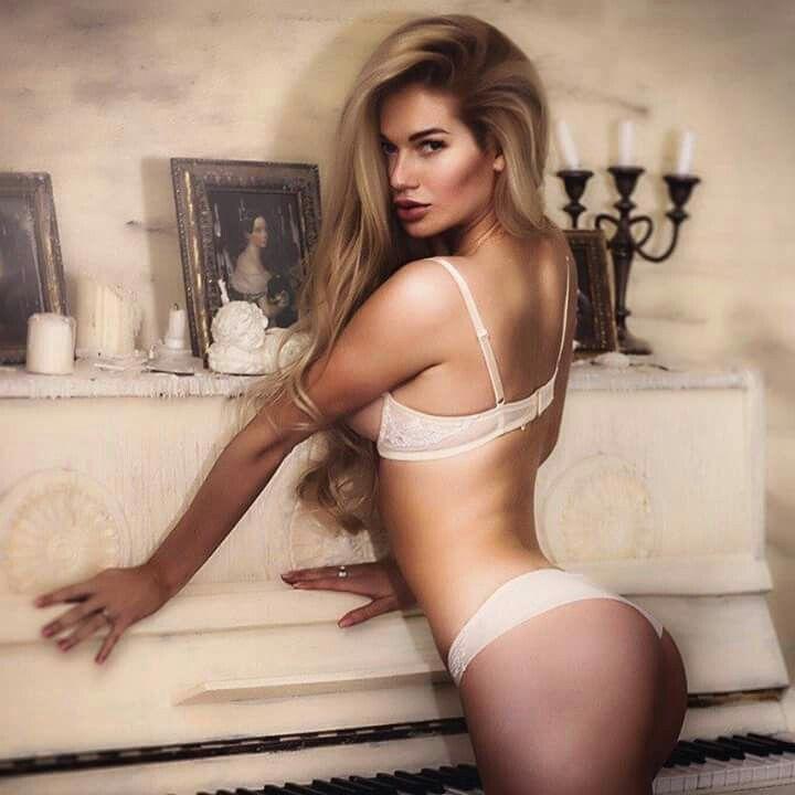 instagram escort bootylicious