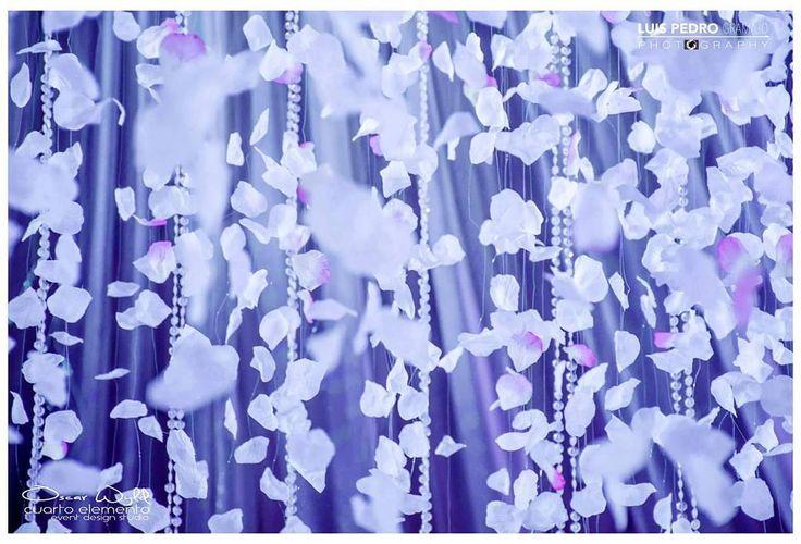 Flowers everywhere #luispedrogramajophotography #wedinguatemala #wedding #weddingday #destinace #destinasyon #destination #destinationwedding #bridebook #destinazione #weddingphoto #weddingideas #weddings #weddingphotography #weddingphotographer #weddingdress #love #forever #wed #picoftheday #photooftheday #weddingideas_brides #weddingawards #weddinginspiration #HuffPostIDo #bruiloft #marriage #everydayguatemala #perhapsyouneedalittleguatemala