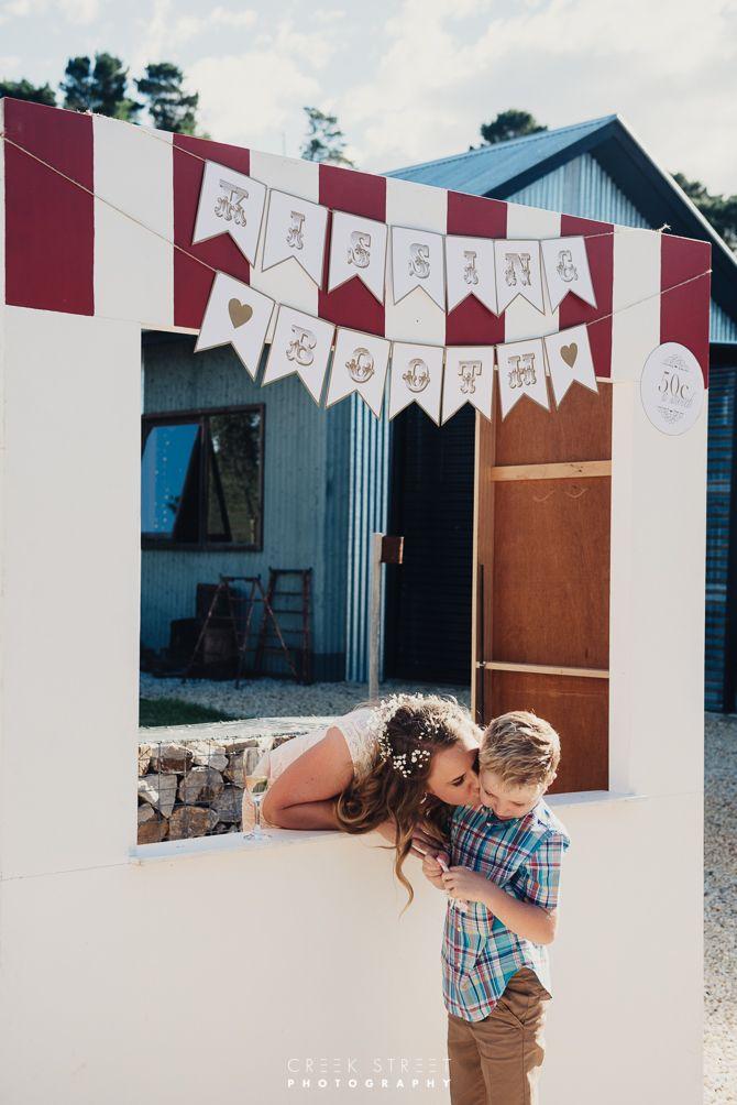 Wedding Seclusions - fun fair - kissing booth   #seclusion #seclusionswedding #seclusionsbluemountains #kissingbooth