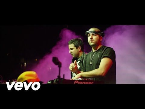 Chino y Nacho - Andas En Mi Cabeza ft. Daddy Yankee - YouTube
