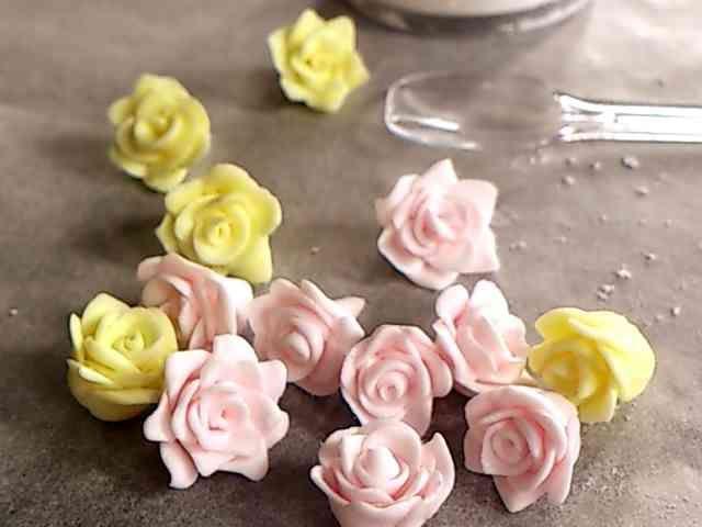 マシュマロフォンダンで簡単バラとお花♡の画像