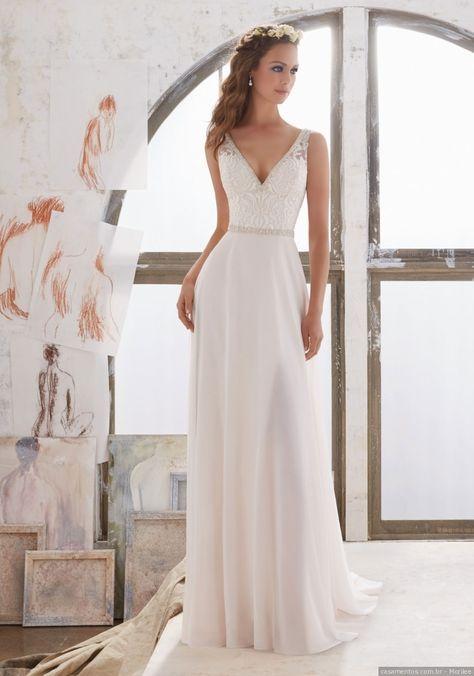 Seu casamento é no verão e você quer usar um vestido adequado à temporada, que reflita, acima de tudo, sua personalidade? Tome nota desses 20 vestidos que selecionamos para você.