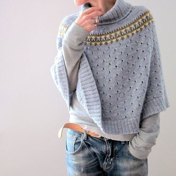 Indigo Frost....out now pattern is available in my ravelry store hope you enjoy  #isabellkraemer #lilalu #newdesign #knittersofinstagram #cascade220 #indigofrost #knittingdesign #knitweardesign