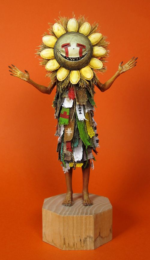 Courgeritte. January 2013. 16cm. One of a kind sculpture. This statuette is a representation of a mythical, magical and mysterious being (from my imagination) a kind of squash spirit. He is benevolent and protector. #allandiegocarrasco #sculpture #courgeritte #kachina #hopi