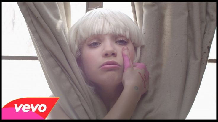 Sia - Chandelier OFFICIAL MAKE UP TUTORIAL | The M Wor(l)d