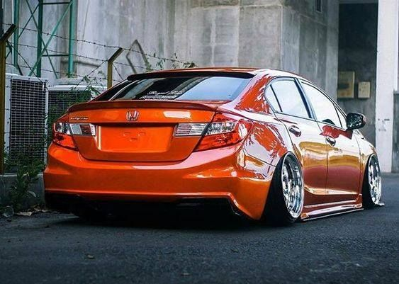 Custom painted Honda Civic Sedan With Aftermarket mods and tweaks. This car is equipped with air suspension, no other parts or coilovers can help you to achive this look. #honda #civic #performance #stance