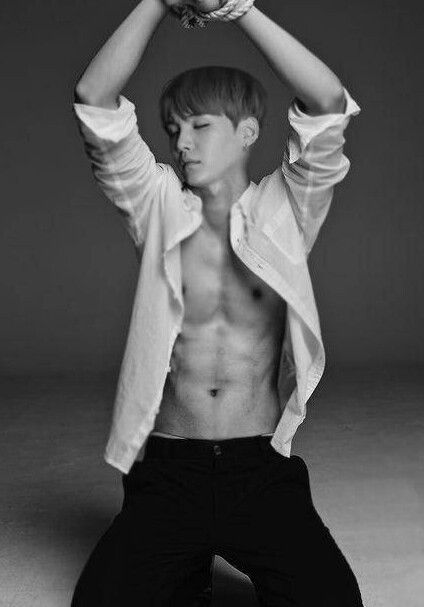 OH MY FUCKING GOD. Just been totally Yoongi slayed. Fuck....