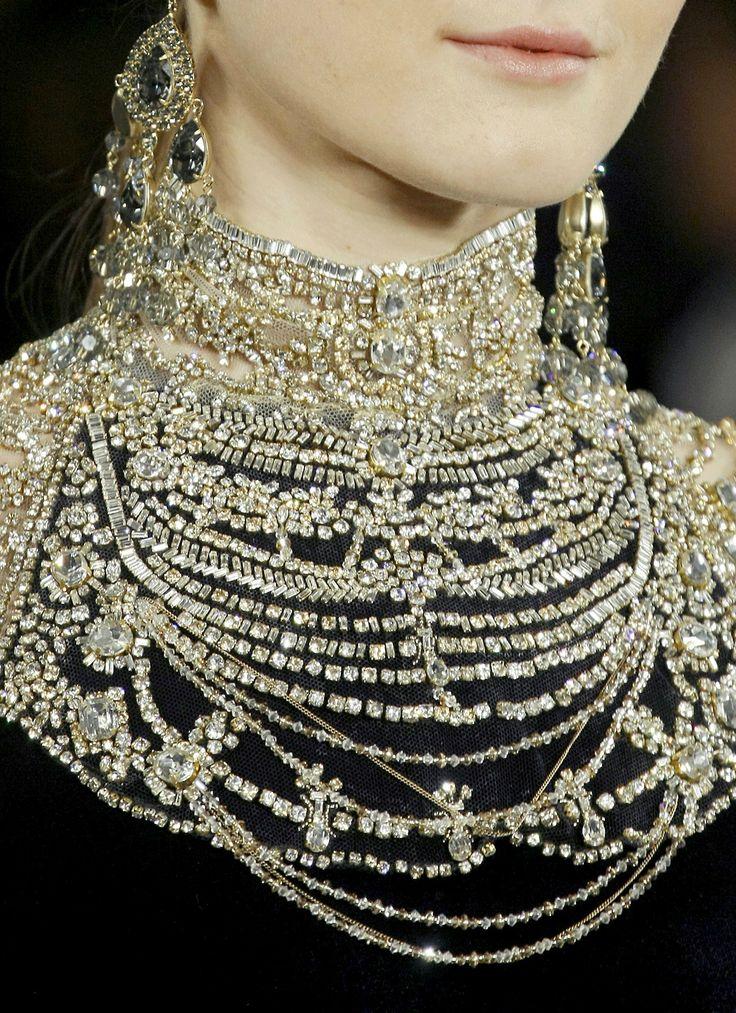 Ralph Lauren f/w 2013. [Possibly inspired by Priam's Treasure, the jewels Sophie Schliemann wore??? http://en.wikipedia.org/wiki/File:Sophia_schliemann_treasure.jpg]