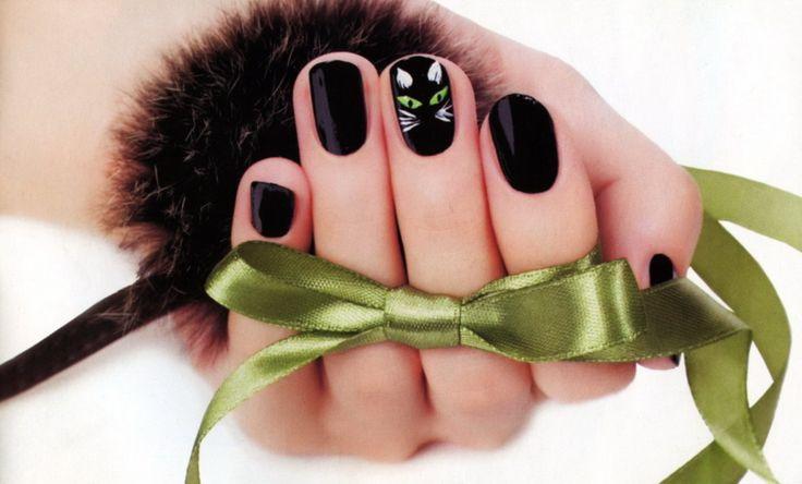 Новогодний маникюр - черная кошка с пошаговой инструкцией