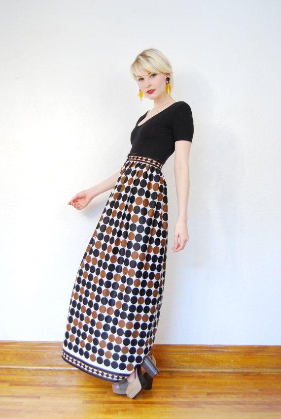 vintage 1960s / Op art / polka dots / maxi skirt / button up / high waist / mod