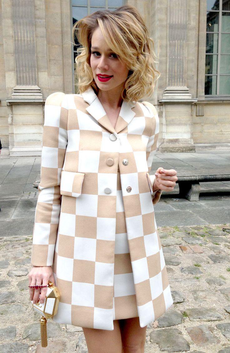 Mariana Ximenes: a musa da primeira fila do desfile da Vuitton, em Paris (Foto: Bruno Astuto)
