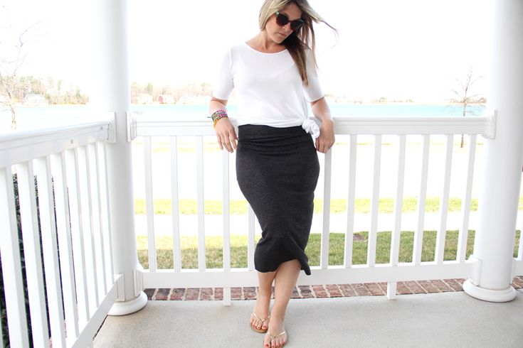 After sewing up a bunch of pencil skirts last year, they became my 'go-to' for date night casual chic all Summer long. Knit pencil skirts are essentially like a step up from yoga pants. Super comfortable in the knit stretch factor (especially when you make them with the yoga waistband like I often do), yet people looked …