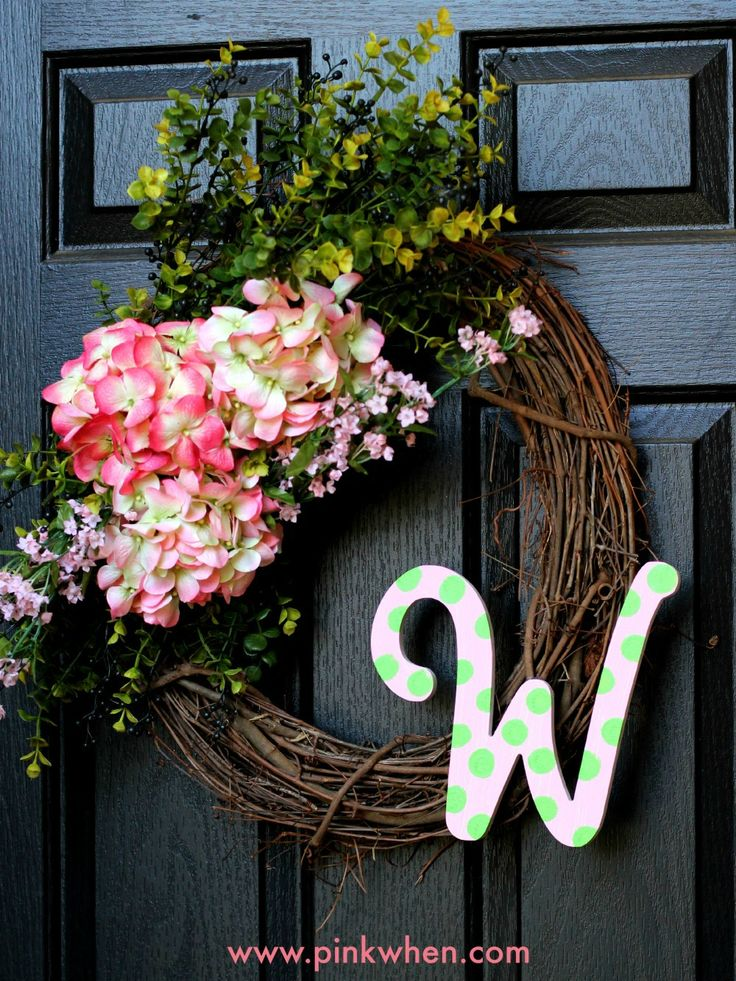 Simple Spring Floral Wreath www.pinkwhen.com