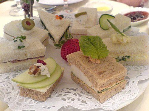 Tea Sandwiches for Tea Time: Parties Sandwiches, Teas Time, Teas Sandwiches, Tea Sandwiches, Afternoon Teas, Sandwiches Recipe, Fingers Sandwiches, Teas Parties, Cream Chee