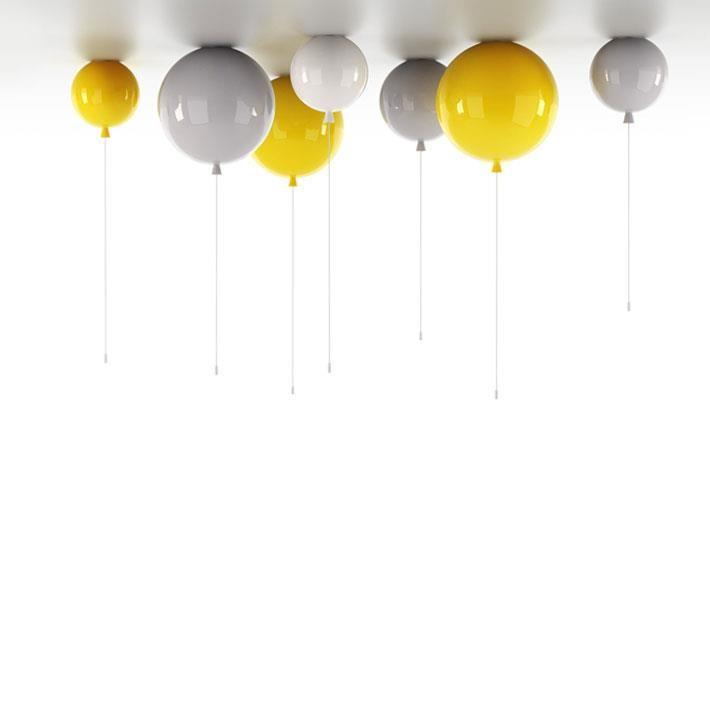 Maak er thuis ook een feestje van met deze Memory plafondlampen van Brokis. In leuke frisse kleuren, gemaakt van glas. Wat zijn ze leuk!