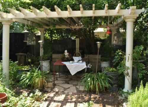 Les 25 meilleures id es de la cat gorie pergola rustique for Garden idea et 700