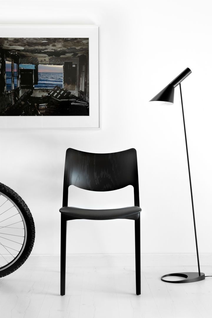 Laclasica Chair by Jesus Gasca for Stua. Available from Stylecraft.com.au