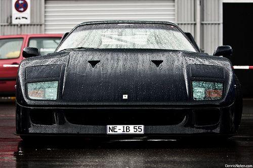 Ferrari F40 in Blu Pozzi