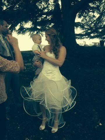 Idée robe de mariée avec volute, tulle et soie