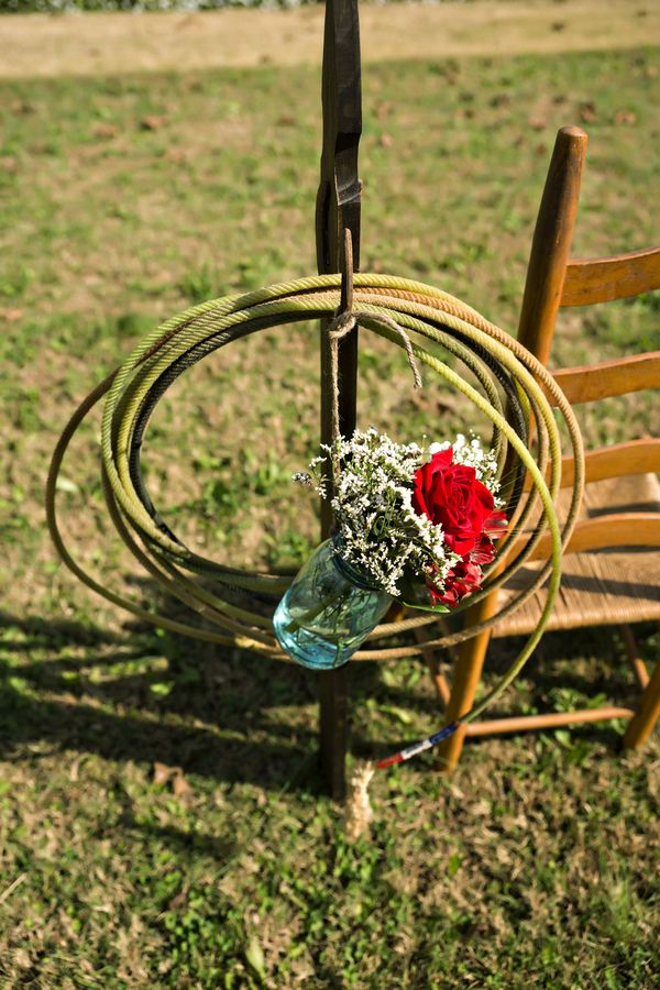 Lasso Wedding Decor {Red, White U0026 Blue} Country Western Fall Wedding |Photographer