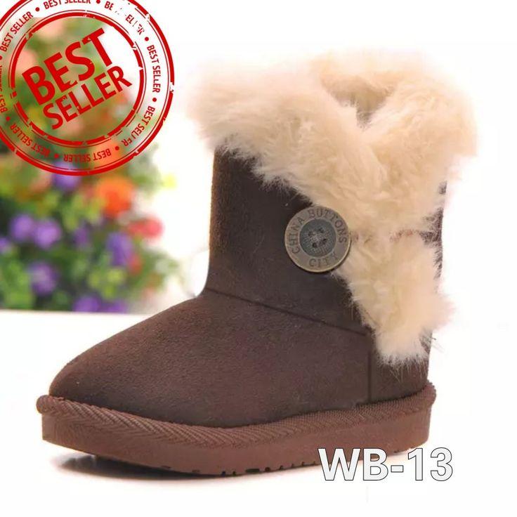 WB-13 BUTTONFUR BROWN Size 22-34 Price : -Size 22-23 @175.000 -Size 27-29 @180.000 -Size 32-34 @190.000 Detail Size (insole) : -22 (13,5cm) -23 (14cm) -27 (16,5cm) -28 (17cm) -29 (18cm) -32 (19,5cm) -34 (20,5cm)  Untuk mendapatkan ukuran insole yg tepat, ukurlah panjang telapak kaki anak lalu ditambah 1,5cm. Bahan luar sepatu semacam beludru dan bulu2 halus seperti boneka. Bagian dalam hangat dari bahan wol.  Beratnya 500gram, 1kg muat 2pasang, beli 2psg lebih hemat ongkir.   SMS/WA…