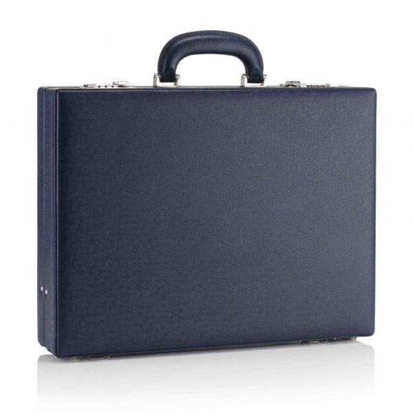 Luxury and classic business attaché bag, in pure leather, made in Italy. www.MARKGIUSTI.com