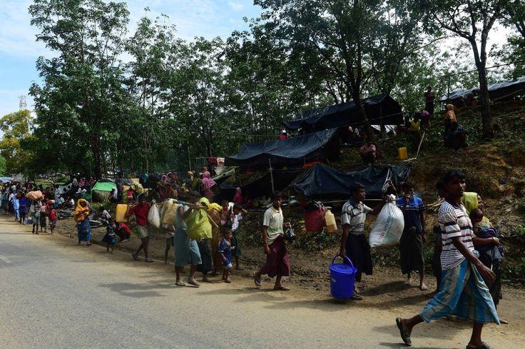 Pemberontak Rohingya isytihar gencatan senjata bagi membolehkan bantuan disalurkan   BANGKOK/COXS BAZAR: Pemberontak Rohingya mengisytiharkan gencatan senjata selama sebulan mulai hari ini bagi membolehkan penyaluran bantuan bagi menangani masalah krisis kemanusiaan di barat laut Myanmar.    Pemberontak Rohingya isytihar gencatan senjata bagi membolehkan bantuan disalurkan      Hampir 300000 Rohingya sudah melarikan diri ke Bangladesh selain 30000 penduduk bukan Islam dipindahkan di Myanmar…