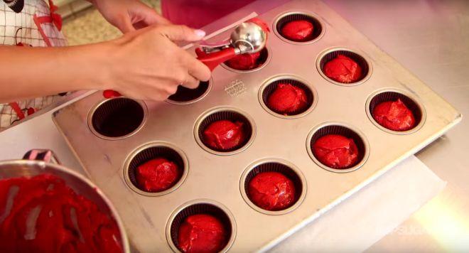 Georgetown Cupcake reveals the secret to their best seller: Red Velvet