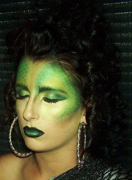 Medusa https://www.makeupbee.com/look_Medusa_6572