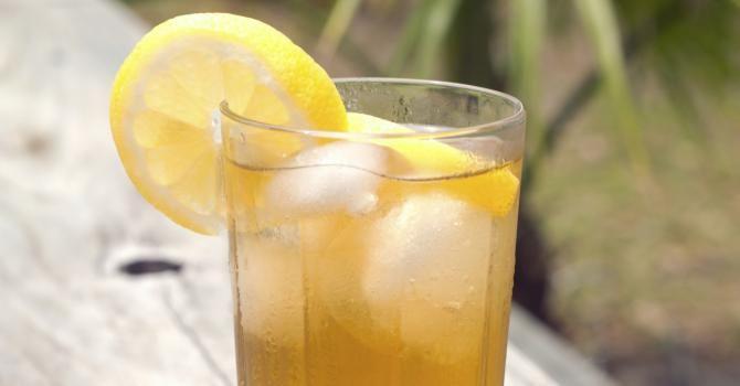 Recette de Boisson énergisante au citron. Facile et rapide à réaliser, goûteuse et diététique. Ingrédients, préparation et recettes associées.