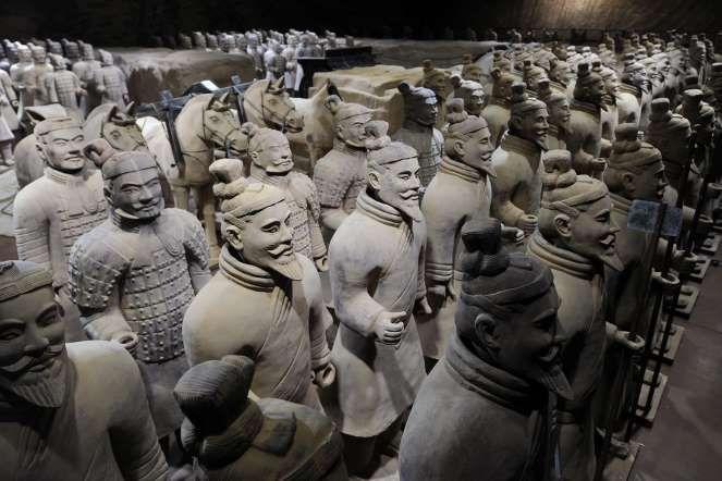 """4 - Exército de terracota, China: chamado também de """"Guerreiros de Xian"""", esta impressionante coleçã... - Shutterstock"""