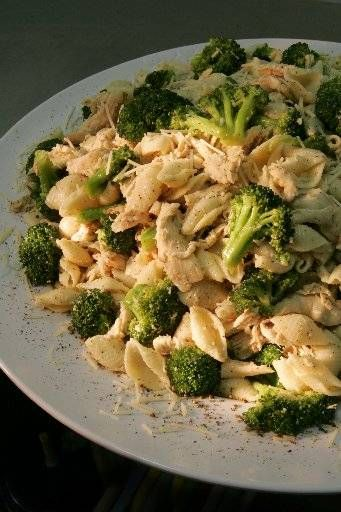 Chicken & Broccoli Aioli is a lovely summer dish sold at Dave's Marketplace stores.