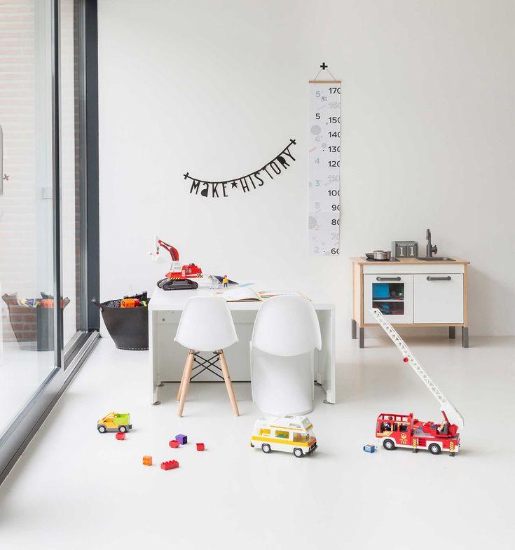 A simple white minimal playroom kids room ideas for Minimal kids room