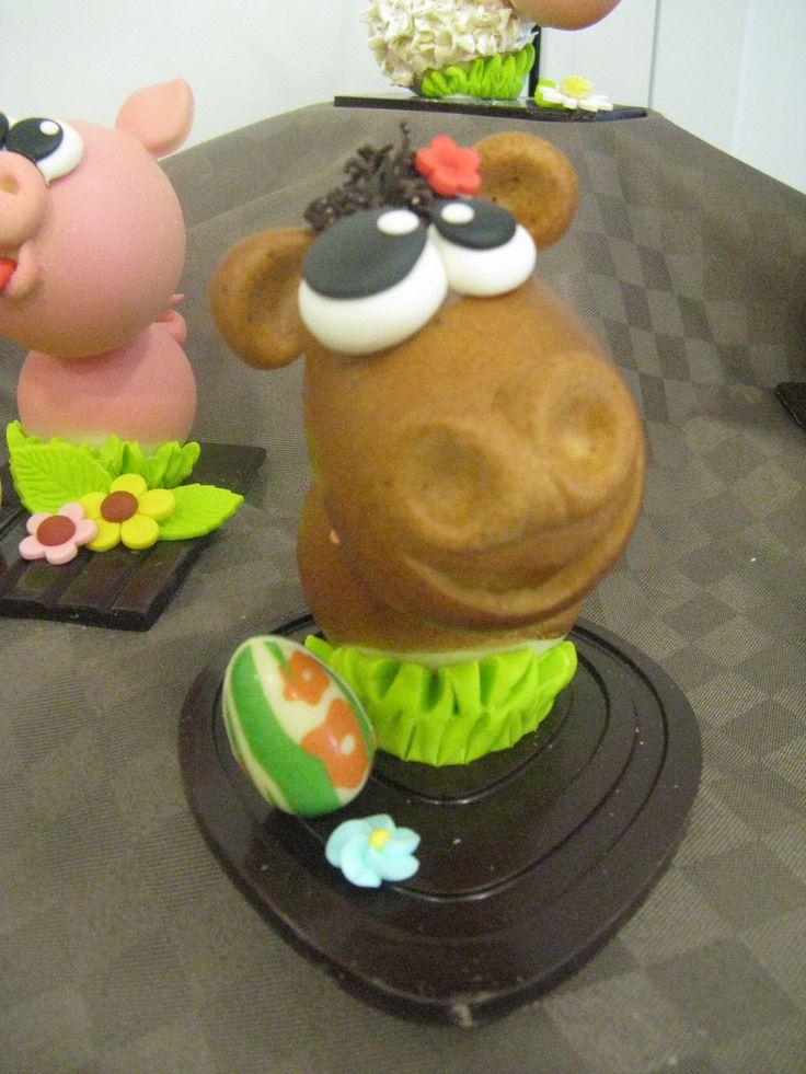 mucca in cioccolato Pasqua Omar Busi