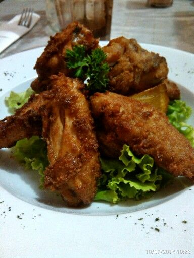 Chicken wings… #GaremGarem #GoodFood #Snacks #Culinary #Bandung #Indonesia