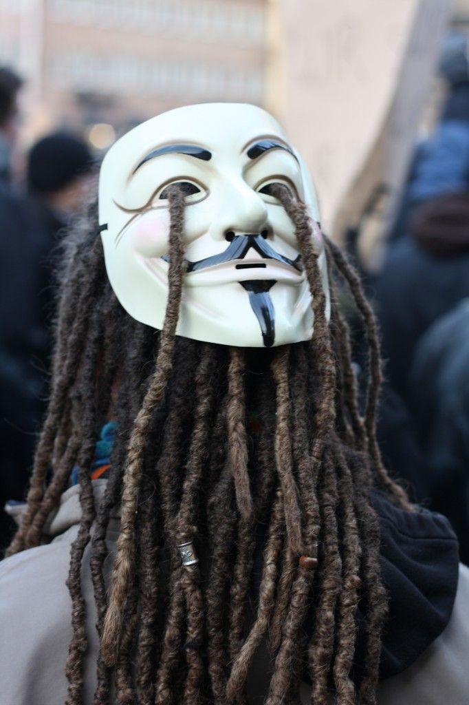 dreadlocks and guy fawkes mask