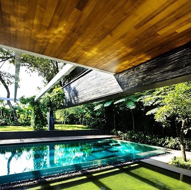 The Sun House By Guz Architects A Hevean Of Green In: The Cluny House, Singapore By Guz Architects