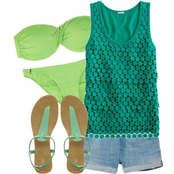 Adorable green outfit for the beach!