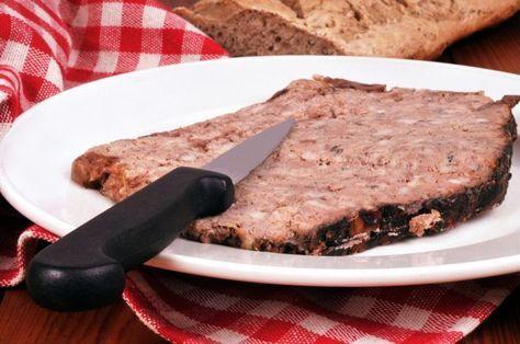 La fameuse recette du pâté de campagne en terrine. Comment faire le pâté de campagne ? Apprenez facilement à le faire avec des astuces et conseils pour ...