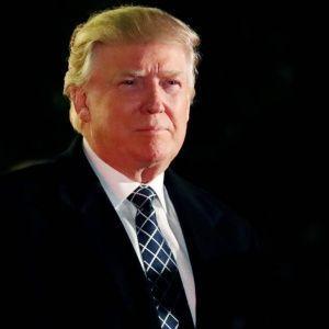 Grupos nacionalistas ligados a la supremacía blanca se aliaron con el mensaje y el lema electoral de Donald Trump. Fonte: Donald Trump y el apoyo de la supremacía blanca   Noticias   teleSUR